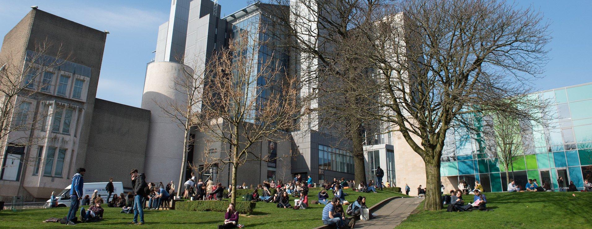 крупнейшая в европе университетская библиотека университета глазго